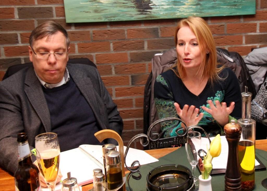 Montagsforum mit Moderator Dr. Reinhard Dasbach und Katja Raab, FDP Direktkandidatin im Wahlkreis 21 zur Landtagswahl 2016