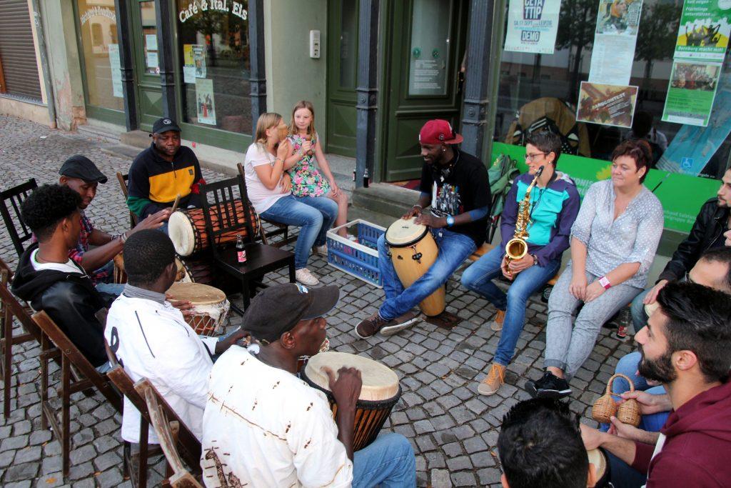Internationaler Stammtisch, Afrikanischer Abend 2016, JH20160905,27